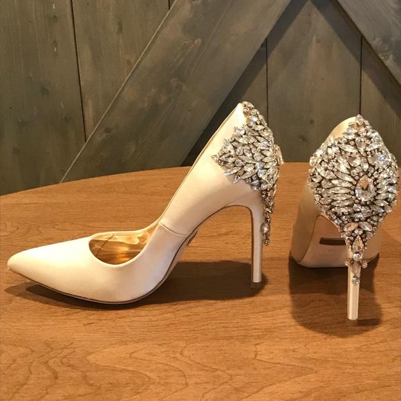 Badgley Mischka Shoes   Jeweled Bridal